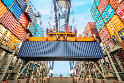 shipping-containers-from-poland-to-usa